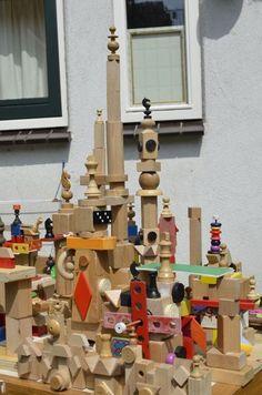 Stad bouwen met houtblokken