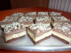 Čokoládový krémeš - recept Sweets Cake, Christmas Sweets, Dessert Recipes, Desserts, Tiramisu, Food And Drink, Cookies, Baking, Ethnic Recipes