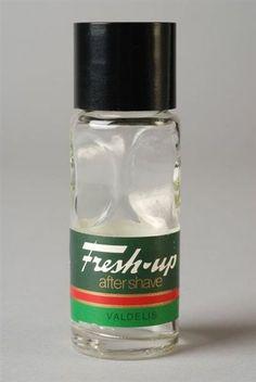 gebruikte mijn lieve vader.... als ik goed mijn best doe ruik ik het nog.... Je kunt het nog steeds kopen in 2013!