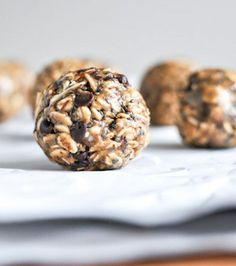 Easy No Bake Oatmeal Peanut Butter Bites