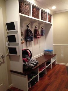 Creating a Family Drop Zone: How to Get it Done Mudroom/Homework Room Two levels of hooks for children, one high for jacket, one low for back packs Mudroom Laundry Room, Drop Zone, Create A Family, Home Organization, Organizing Ideas, Home Projects, Home Remodeling, Lockers, New Homes