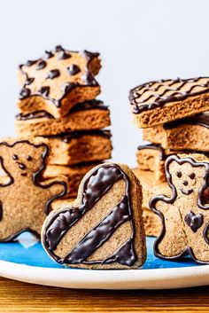 Paleo Gingerbread Cookies with Chocolate Icing | Paleo Grubs | Paleo Grubs | Bloglovin'