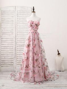 Pink sweetheart neck tulle applique long prom dress, pink evening dress, customized service and Rush order are available Elegant Dresses, Pretty Dresses, Sexy Dresses, Beautiful Dresses, Fashion Dresses, Formal Dresses, Pink Dresses, 1950s Dresses, Prom Dresses 2018
