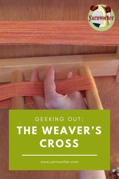 The weaver's cross can cause anxiety for those who are just learning how to use a warping board. The purpose of the cross is to keep the yarn in order so that you can thread the rigid heddle or… Weaving Textiles, Weaving Patterns, Weaving Designs, Stitch Patterns, Knitting Patterns, Loom Weaving, Hand Weaving, Cricket Loom, Swedish Weaving