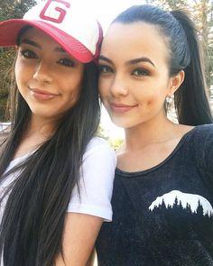 The Merrell Twins via #PrettiGirlsSite u wanna like me plz tag ur loving one... Do u agree with me I'm Pretty Share my photo......#PrettyGirlsZone #beauty #girls #beautifulgirls