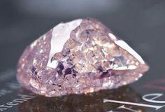 Tanzanie: le diamant brut rose de 23,16 carats de Williamson vendu à 10,05 millions $