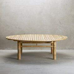 Round lounge table in bamboo for indoor and outdoor use. The simple design and straight lines makes the bamboo table easily integrated in the Nordic interior design. Fill the lounge table with white jars and green plants to create a natural expression. Nordic Interior Design, Scandinavian Design, Retro Furniture, Industrial Furniture, Vintage Industrial, Garden Furniture, Bamboo Sofa, Table Vintage, Round Coffee Table