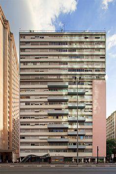 Residential building Três Marias, São Paulo, Brazil. Designed by architect Abelardo de Souza. 1952.