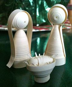 Holy Family -- Twirled Peace  (Because quilling makes the world a better place.)