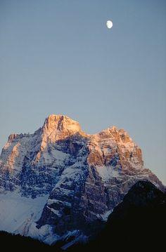 Provincia di Belluno - Il monte Pelmo  #TuscanyAgriturismoGiratola
