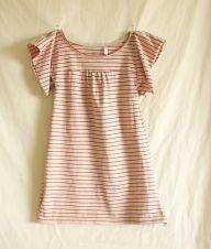 Tutorial: Little girl's flutter sleeve t-shirt dress