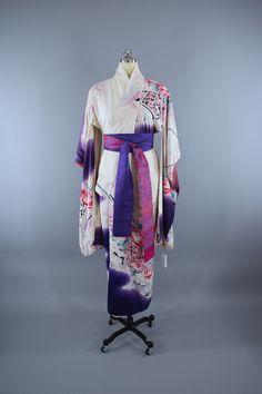 1980s Vintage Silk Kimono Robe / Purple & White Floral Furisode  #vintage #shopvintage #vintageclothing #thisbluebird