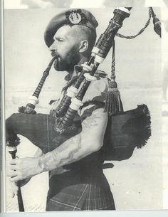 Scottish Army, Scottish Warrior, Scottish Kilts, Scotch Image, Tam O' Shanter, Scotland History, Men In Kilts, My Heritage, Vintage Photographs