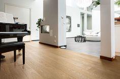 haro parkett 4000 schiffsboden bernsteineiche exquisit trend hardwood floor parkett. Black Bedroom Furniture Sets. Home Design Ideas