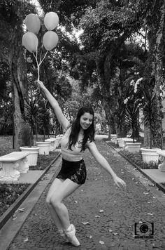 Pinacoteca Benedicto Calixto - Santos - SP #ballet #dance #balloon #blackandwhite  #pinacotecadesantos