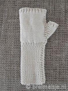 Breipatroon polswarmers - handschoenen - duim breien