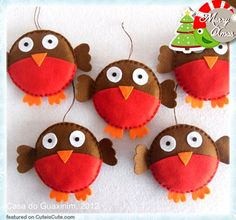 Set of 6 handmade Christmas Robins - Christmas ornaments, to decorate your Christmas, they will look gorgeous on your Christmas tree. Christmas Craft Fair, Felt Christmas Decorations, Felt Christmas Ornaments, Christmas Sewing, Christmas Makes, Christmas Projects, Felt Crafts, Handmade Christmas, Christmas Crafts