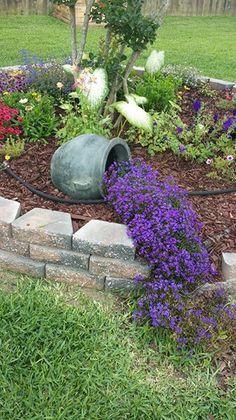 30 Best Front Yard and Backyard Ideas - poserforum - Garden yard ideas - Garden Yard Ideas, Garden Projects, Backyard Ideas, Pool Backyard, Front Gardens, Small Gardens, Rustic Gardens, Outdoor Gardens, Succulent Garden Diy Indoor