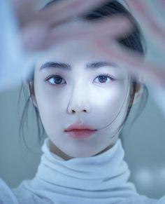 Pin on 韓国 Korean Beauty Girls, Cute Korean Girl, Asian Beauty, Mode Ulzzang, Ulzzang Girl, Asian Makeup, Korean Makeup, Estilo Beatnik, Beautiful Asian Girls