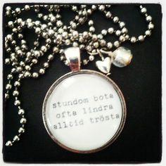 """Necklace for a graduating nurse """"sometimes cure, often ease, always comfort"""" « by Ljuvliga ting - ljuvligating.se"""