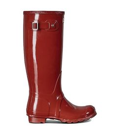 Buy Women's Original Tall Gloss Wellington Boots from the Official Hunter Boot Site with Free UK Delivery* and Returns. Red Boots, Tall Boots, Shiny Boots, Snow Boots, Hunter Logo, Flats Boat, Boating Outfit, Hunter Rain Boots, Wellington Boot