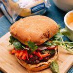 These Vietnamese banh mi burgers are everything great about a banh mi sandwich––juicy meat, pickled vegetables, and spicy flavors––in burger form. A banh mi burger is perfect for summer. Beef Burgers, Burger Buns, Salmon Burgers, Indian Food Recipes, Asian Recipes, Ethnic Recipes, Easy Homemade Recipes, Broccoli Beef, Fresh Lime Juice