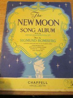 THE NEW MOON SONG ALBUM OSCAR HAMMERSTEIN & SIGMUND ROMBERG PB VINT. #CHAPPELL Men Kissing, Morning Sunrise, Music Books, Album Songs, Oscar, New Moon, Comebacks, News, Words
