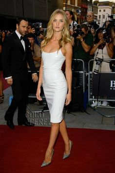 Rosie Huntington-Whiteley is white hot on the red carpet at the GQ Men Of The Year Awards!