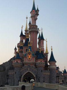 Eurodisney Paris. Il castello della Bella Addormentata.