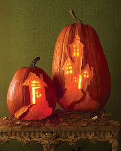 How To: Carved haunted house pumpkins