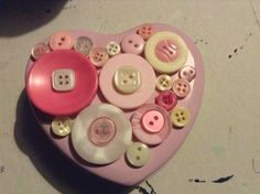 Heart pink tin decorated with buttons. Ideal storage for pins or buttons. £3.00
