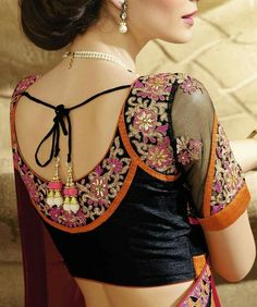 Stylish saree blouse designs prominent the looks of the wearer. For a classy and sophisticated look, try these blouse designs for wedding season. Saree Blouse Neck Designs, Fancy Blouse Designs, Bridal Blouse Designs, Saree Blouse Patterns, Collection 2017, Trendy Sarees, Blouse Models, Blouse Styles, Indian Fashion