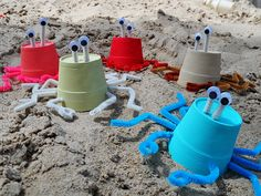 21 Fun Beach Crafts for Kids ****Ideas with Sea Shells***** Made with styrofoam cups Crab Crafts, Vbs Crafts, Camping Crafts, Preschool Crafts, Camping Gear, Party Crafts, Beach Crafts For Kids, Under The Sea Crafts, Art For Kids