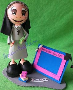Muñeca fofucha Monja personalizada.
