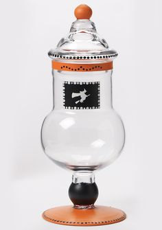 witch treat apothecary jar -- I'm not into witches, but I like the idea of decorating an apothecary jar for holidays.