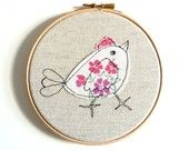 'Chirpy Chick' Personalised Bird Embroidery Hoop Art - mixed media pictures for children Freehand Machine Embroidery, Embroidery Hoop Crafts, Free Motion Embroidery, Free Machine Embroidery, Embroidery Hoop Art, Free Motion Quilting, Embroidery Stitches, Embroidery Patterns, Fabric Art