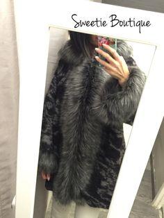 Manteau faux fur gris noir via Sweetie Boutique. Click on the image to see more!