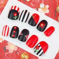 大人レトロ椿ネイル もっと見る New Year's Nails, Love Nails, Red Nails, Flower Nail Designs, Flower Nail Art, Nail Polish Designs, Nail Art Designs, Korea Nail Art, Nailart