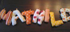 Mein kleines Nähstübchen: Genähte Buchstaben - ein Türschild entsteht