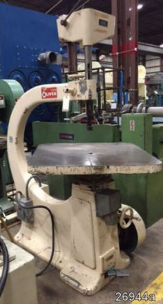 Oliver-Vertical-Scrall-Saw-36