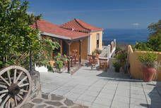 Finca Fidel Pergola, Outdoor Structures, Outdoor Decor, Home Decor, Santa Cruz, Palms, Holiday Destinations, Travel Destinations, Canarian Islands