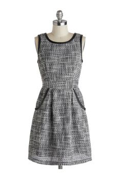 Tweed dress with faux leather trim / Pleated shift