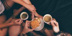 23 утренние привычки, которые заряжают энергией на весь день - Лайфхакер Important News, Zumba, Mantra, Metabolism, Psychology, Drinks, Food, Lifestyle, Fitness
