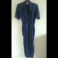 Hey, I found this really awesome Etsy listing at https://www.etsy.com/listing/187992297/70s-dark-blue-short-sleeve-jumpsuit