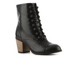 Student Fashion: Shoes, Shoes, Shoes!