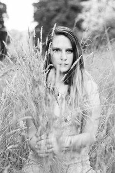 anora crescent photography