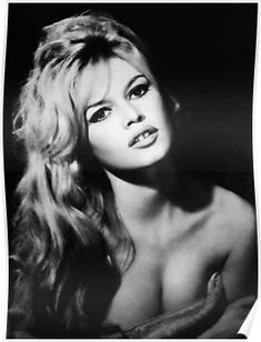 brigitte bardot - sex symbol of the Bridgitte Bardot, Brigitte Bardot Young, And God Created Woman, French Actress, Jane Fonda, Jim Morrison, Vintage Beauty, Vintage Hair, Paul Mccartney