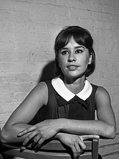 The top 11 Brazilian beauties: Astrud Gilberto's doelike lashes and ingenue looks, matched with an incredibly sultry voice, put bossa nova on the map Astrud Gilberto, Female Rock Stars, Old Makeup, Jazz Blues, Blues Music, Jazz Funk, Brazilian Women, Music Love, Camila Alves