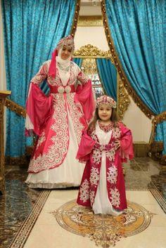 #kiralik #kaftan #hennanight #kinagecesi #gelin #damat #caftan #yenisezon #gul #bebekkaftani #mutluluk #pembe #6aykinasi #dikisevi #kina