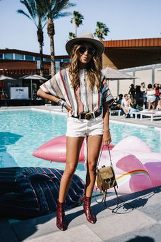 More ideas about Fest Framework, Festival clothes and Fest design. Summer School Outfits, Summer Fashion For Teens, Travel Outfit Summer, Summer Fashion Outfits, Rave Outfits, Boho Outfits, Spring Summer Fashion, Boho Fashion, Womens Fashion